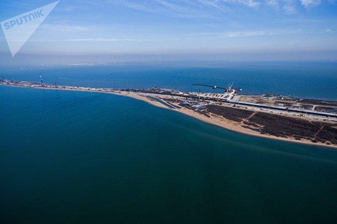 Строительство транспортного перехода через Керченский пролив на острове Тузла в Азовском море