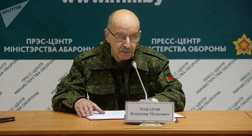 Начальник управления информации главного управления идеологической работы Министерства обороны Владимир Макаров