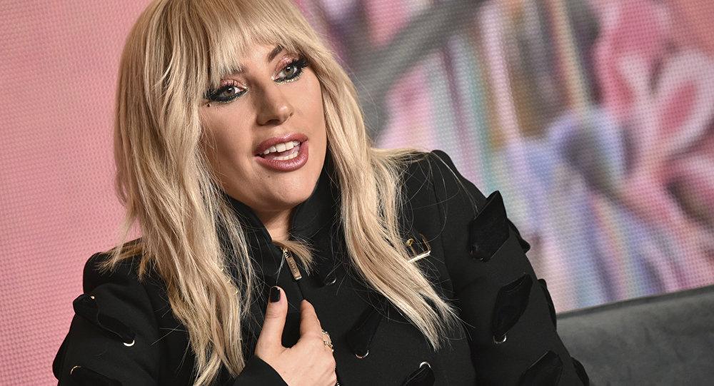 Леди Гага госпитализирована в клинику Рио-де-Жанейро