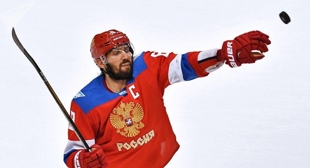 Рогозин назвал хоккеиста Овечкина «заблудшим»
