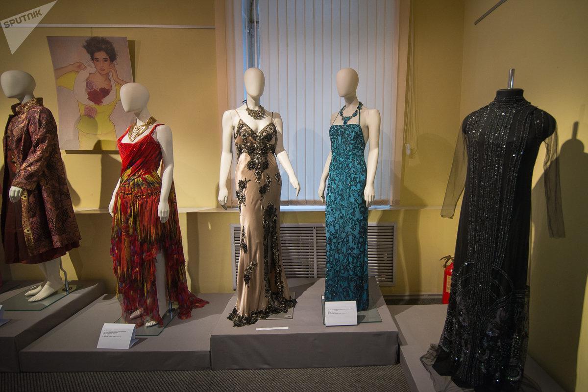 Платья из гардероба Алены Свиридовой - белорусской певицы