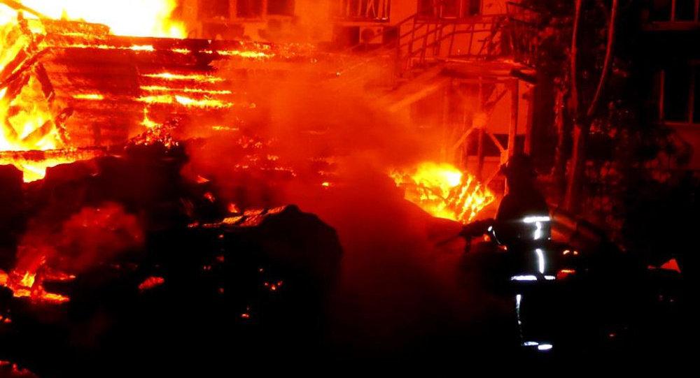 Видео того, что осталось после пожара вдетском лагере вОдессе— Пепелище