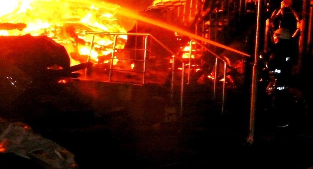 Девочка впожаре влагере вОдессе спасла восемь младших детей