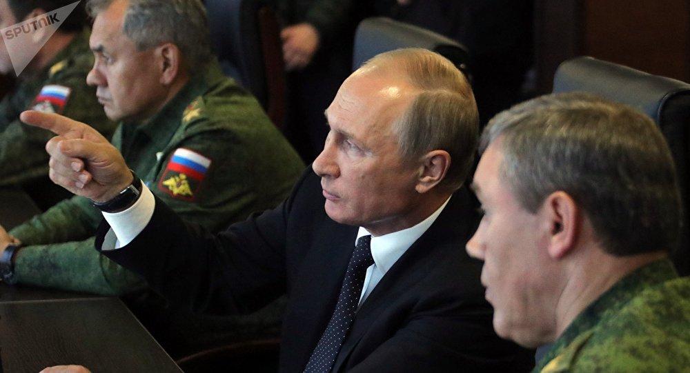 Путин наблюдал зауничтожением условных террористов научениях вЛенобласти