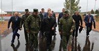 Владимир Путин посещает учения Запад-2017