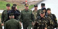 Александр Лукашенко посещает полигон Борисовский