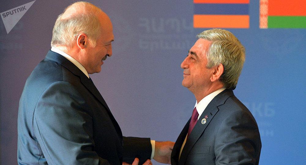 Путин поздравил Саргсяна сДнем независимости Армении