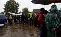 На поиски мальчика, пропавшего в Беловежской пуще, прибывает все больше добровольцев