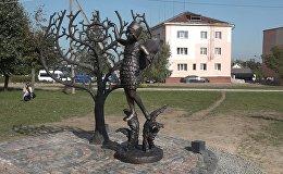 В Новогрудке открыли мемориал в память о погибших в гетто, видео