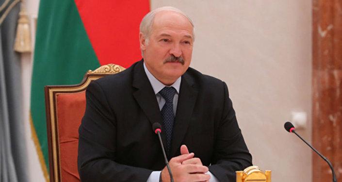 Лукашенко иПорошенко встретились вАрабских Эмиратах