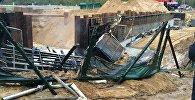 ГАИ: за сутки две фуры упали в один котлован на трассе под Смолевичами