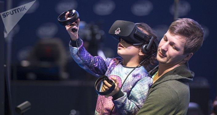 На выставе віртуальнай рэальнасці