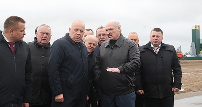 Рабочая поездка президента Беларуси в Слуцкий район Минской области