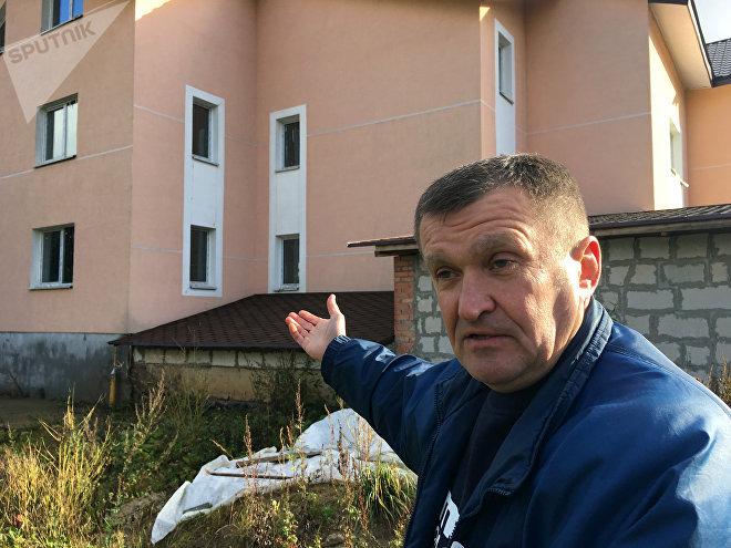 Виталий Соловьянчик не оставляет попыток сдать свой дом в эксплуатацию