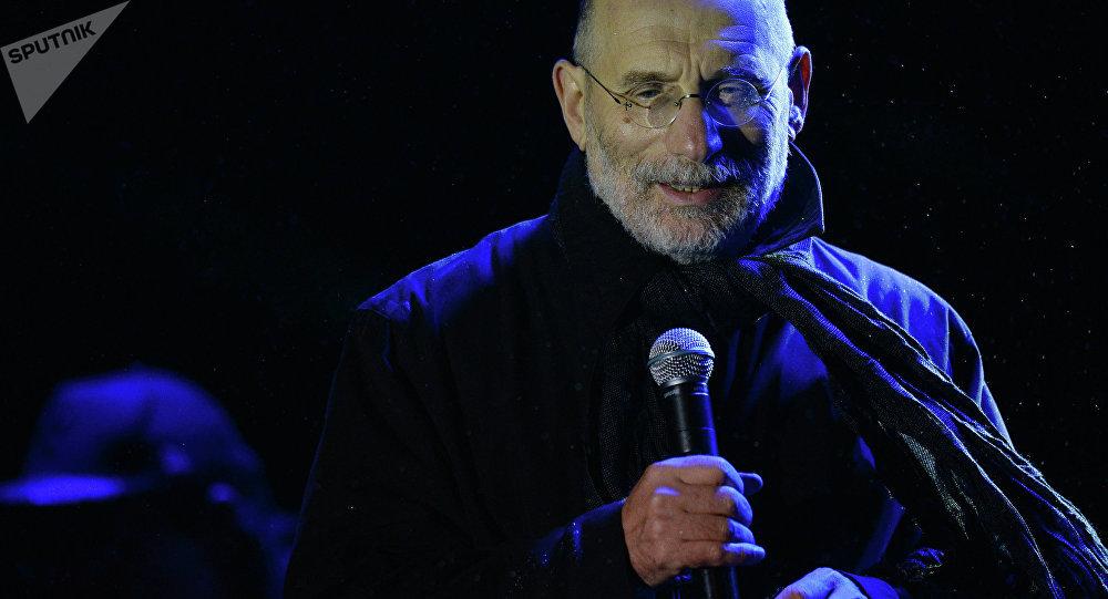 Пісьменнік Барыс Акунін