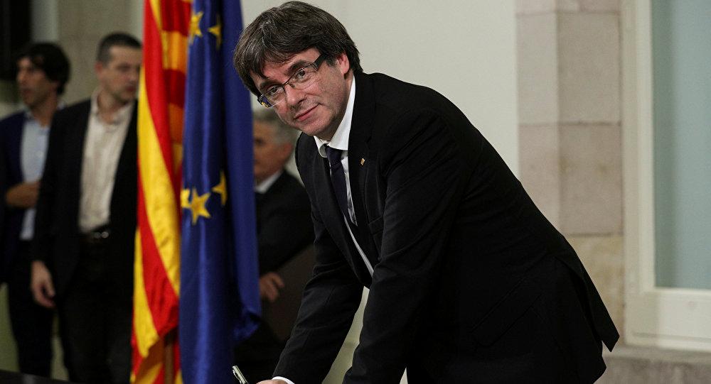 Каталония подписала декларацию онезависимости