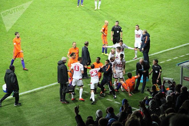 Инцидент на матче Беларусь - Нидерланды на Борисов-Арене