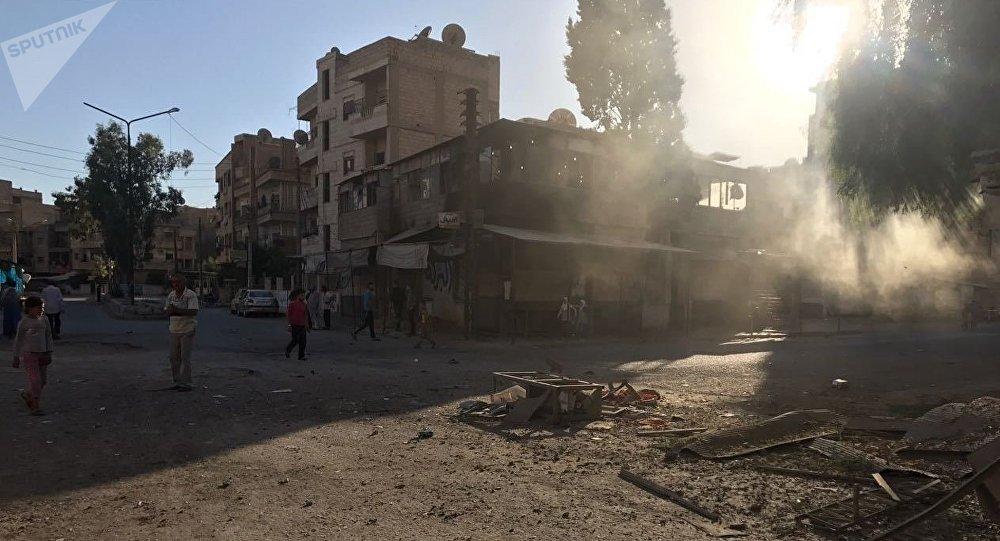Последствия ракетного обстрела квартала Аль-Кусур в Дейр-эз-Зоре