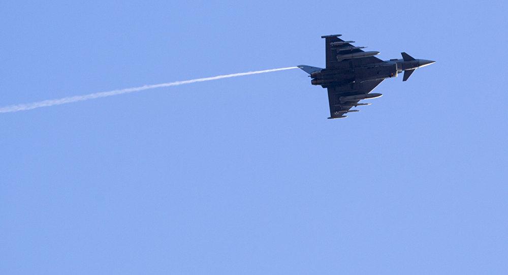 Испанский истребитель Eurofighter, архивное фото