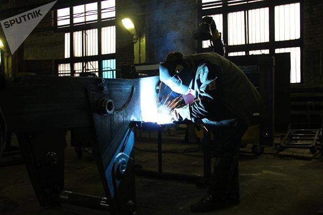 В цеху Череповецкого литейно-механического завода