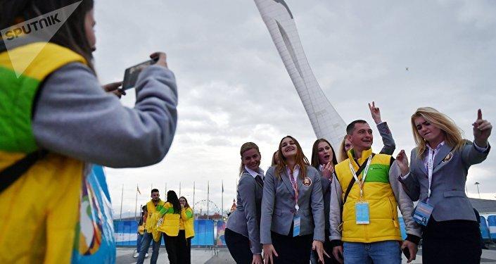 «Дерзайте!» Путин обратился кучастникам Всемирного фестиваля молодёжи вСочи