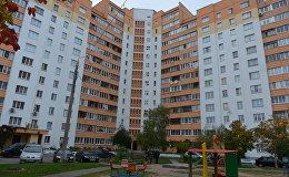Дом по проспекту Победителей, жильцы которого недовольны его тепловой реабилитацией