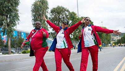 Гости XIX Всемирного фестиваля молодежи и студентов в Олимпийском парке в Сочи