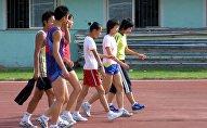 Молодые китайские спортсмены, архивное фото