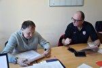 Хоккейный тренеры Михаил Захаров и Дэйв Льюис