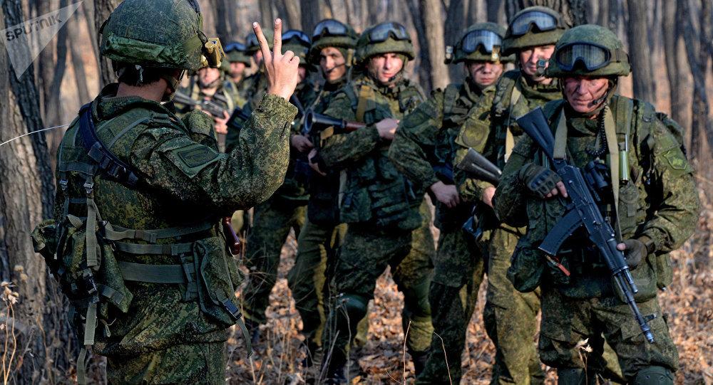 Шойгу поздравил военных разведчиков спраздником
