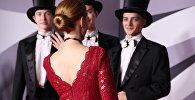 Актрисы на красной дорожке появились в лучшиз нарядах и охотно позировали для журналистов