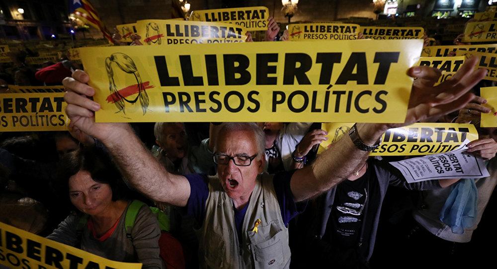 Захвачен вокзал: вКаталонии началась массовая забастовка