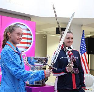Белорусская теннисистка Александра Саснович и американка Коко Вандевеге