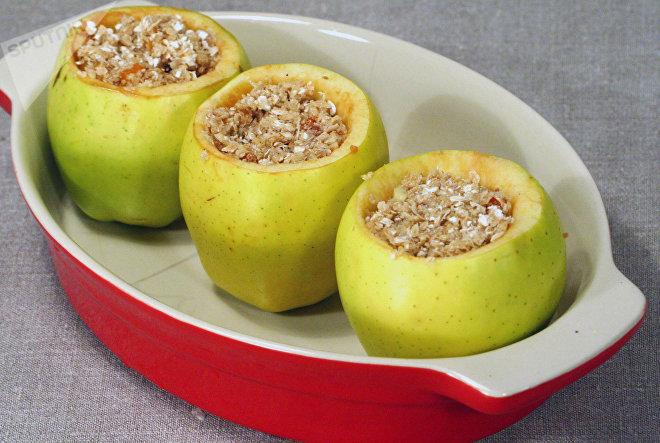 Яблоки с фитнес-начинкой