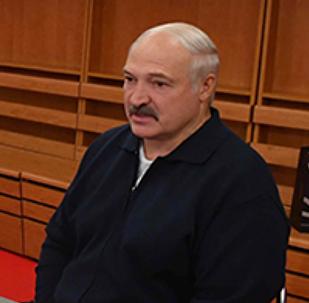 Президент Беларуси Александр Лукашенко на встрече с теннисистками перед матчем Кубка Федерации в Минске