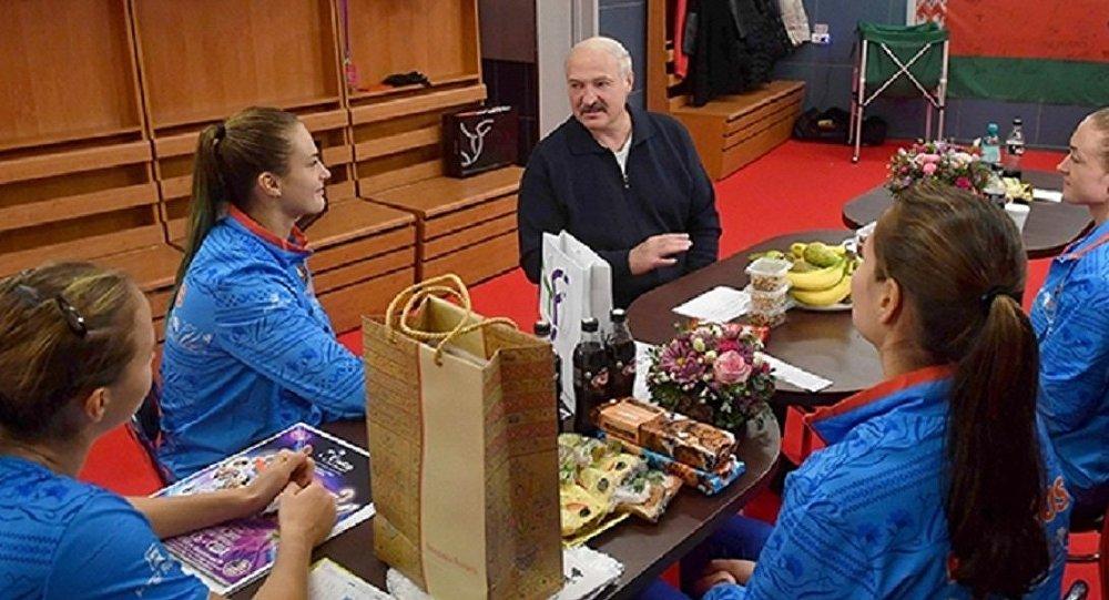 США: Лукашенко пришел нафинал Кубка федерации Беларусь
