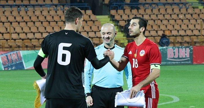 Сборная Республики Беларусь пофутболу сыграла вничью скомандой Грузии