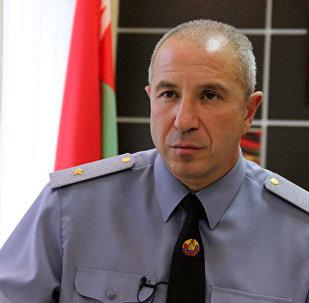 Заместитель министра внутренних дел - командующий внутренними войсками генерал-майор Юрий Караев