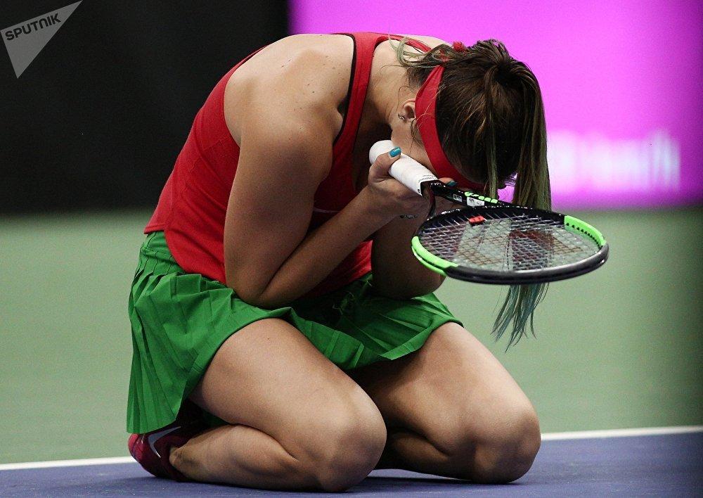 Арина Соболенко (Беларусь) после победы в одиночной встрече против Слоан Стивенс (США)
