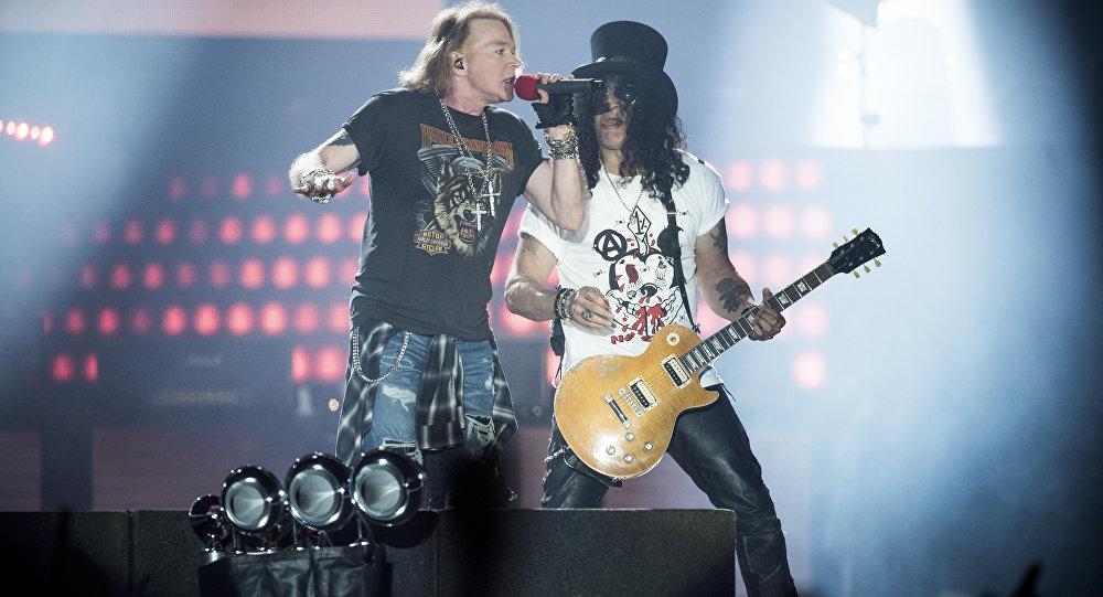 Guns N' Roses выступят в столице