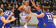 Белорусская баскетболистка Татьяна Лихтарович в матче против сборной Эстонии в Минске