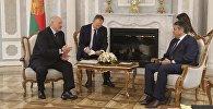 Президент Беларуси Александр Лукашенко и вице-канцлер, федеральный министр иностранных дел ФРГ Зигмар Габриэль