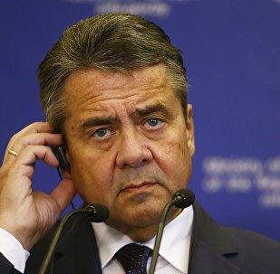 Вице-канцлер, федеральный министр иностранных дел ФРГ Зигмар Габриэль