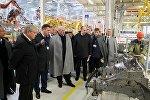 Президент Беларуси Александр Лукашенко посетил завод БелДжи под Борисовом