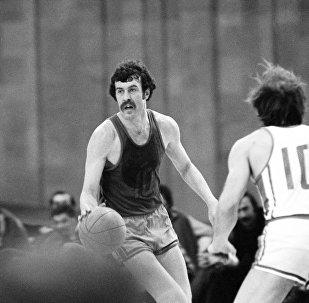 Баскетболист Александр Сальников