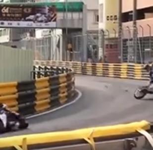 Британский мотогонщик Даниэль Хегарти погиб на гонках в Макао
