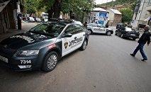 Полицейские машины в Тбилиси