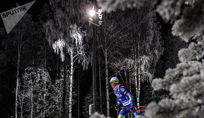 Надежда Скардино (Беларусь) на дистанции индивидуальной гонки на первом этапе Кубка мира по биатлону сезона 2017/18 в шведском Эстерсунде